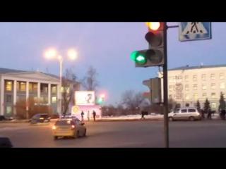 17.02.2015 Изменилось расположение сигналов светофора на площади Ленина в Пскове ФОТО и ВИДЕО